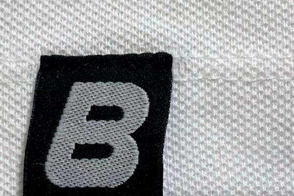 "Bílá polokošile s krátkým rukávem, s logem ""BEDNAR"""